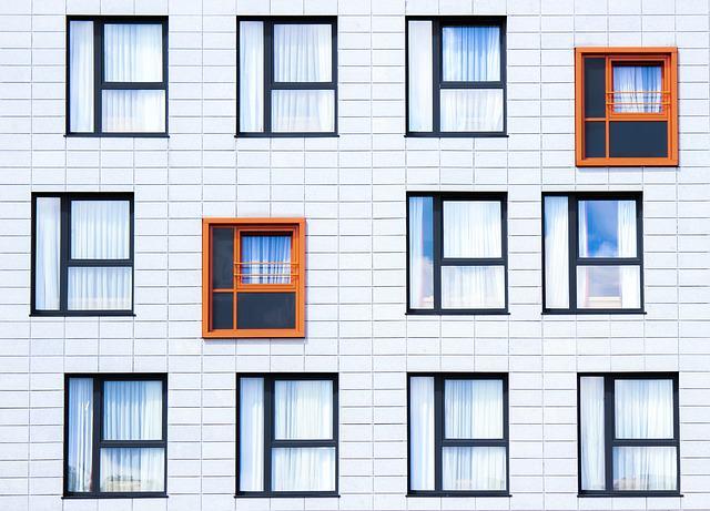 facade-828984_640