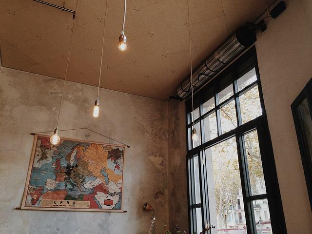 indoor-768760_640