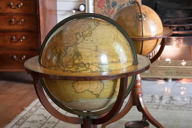 globe-425633_640