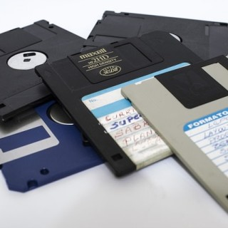 floppy-disk-214975_640_mini