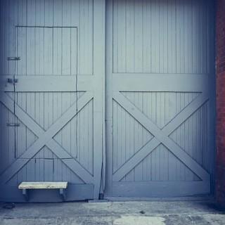 doors-498311_640_mini