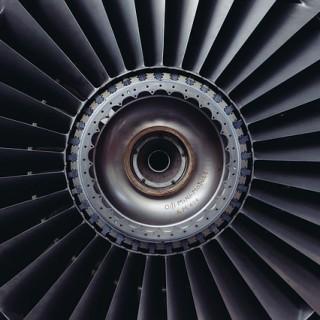 jet-engine-371412_640_mini