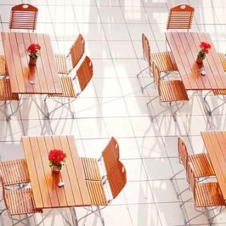 dining-tables-993599_640_mini