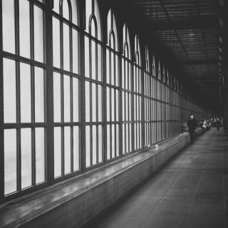 hallway-1031008_640_mini