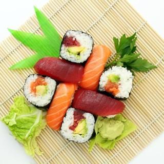 sushi-373588_640_mini