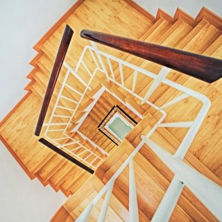 stairs-863348_640