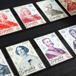 stamps-1218502_640