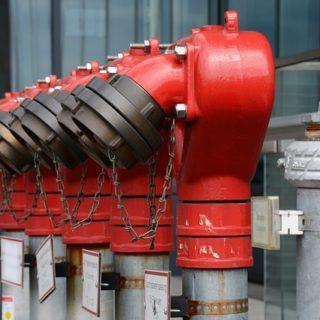 hydrant-183544_640