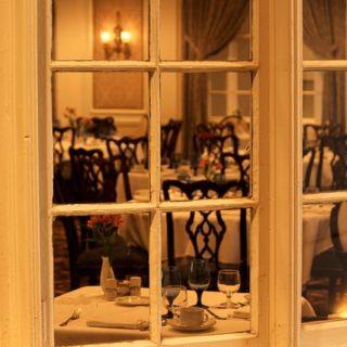 dining-room-103464_640_mini