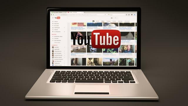 добавить ютуб видео в ВК