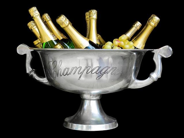 поздравление с новым годом стихи шампанское