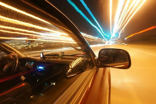 авто скорость ускорение