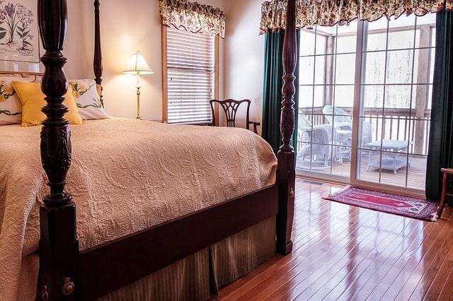 bedroom спальня кровать пол бедрум
