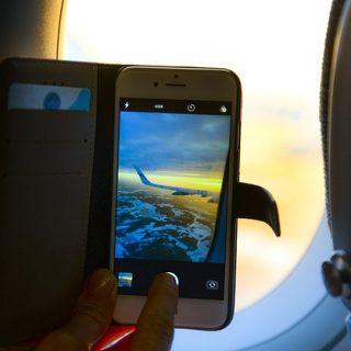 смартфон самолёт