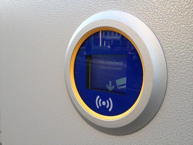 Как пользоваться NFC в телефоне для оплаты, настроить Андроид и подключить карту