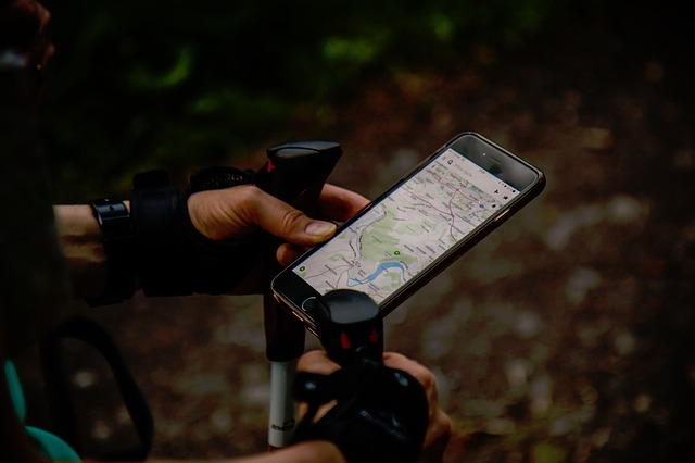 смартфон GPS карта местоположение