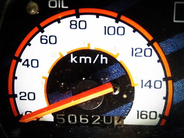 спидометр скорость ускорение