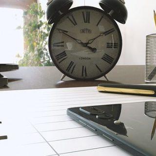смартфон время часы будильник