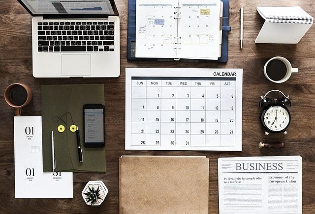 календарь ежедневник ноутбук уведомления бизнес
