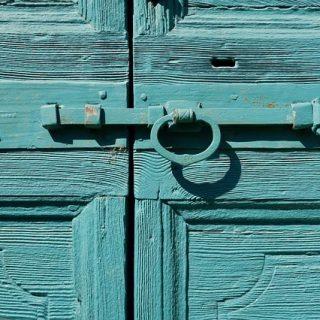 дверь замок