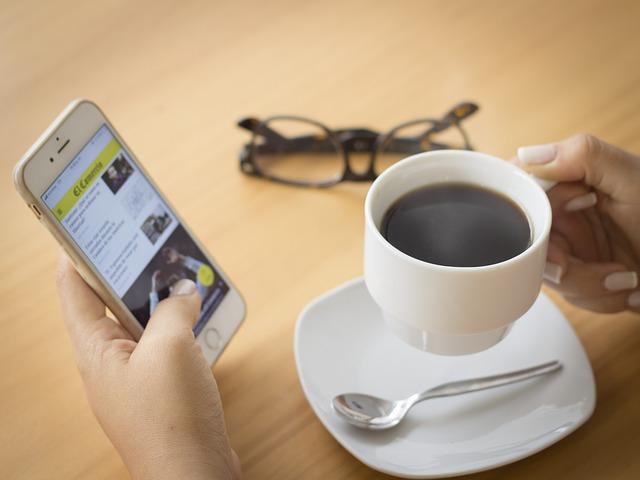 Как убрать новости в Яндексе на телефоне в приложении