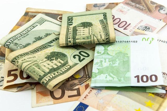 деньги доллар евро